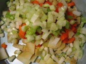 Зимний салат с сельдереем