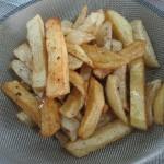 картошка фри с соусом